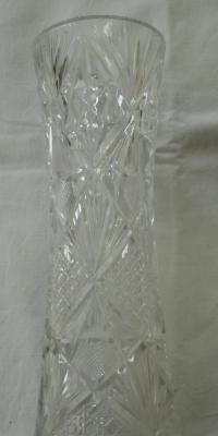 Broušená křišťálová váza