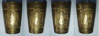 Bronzový kalíšek s indickými motivy