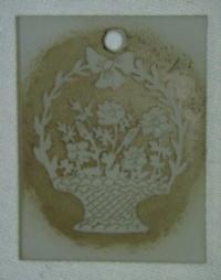 Přívěsek ze skla květiny v koši