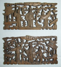 Dřevěná mřížka s plastickými motivy